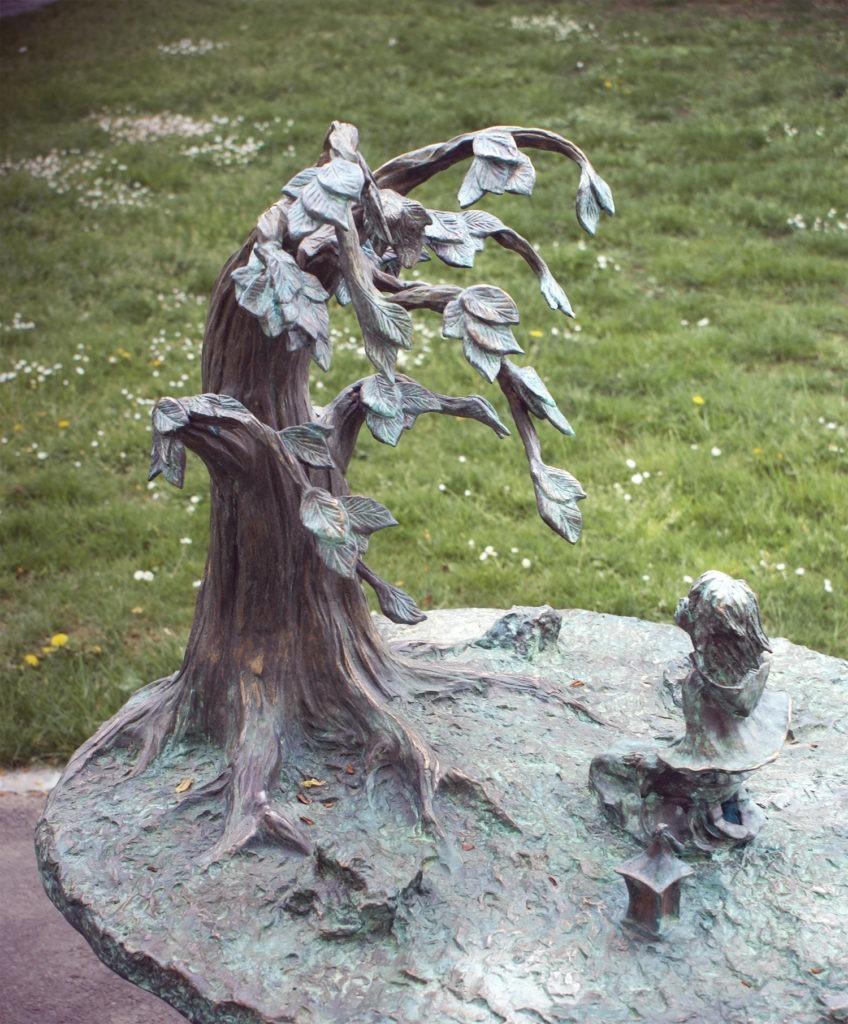 Sculpture of Légende d'Automne Parc