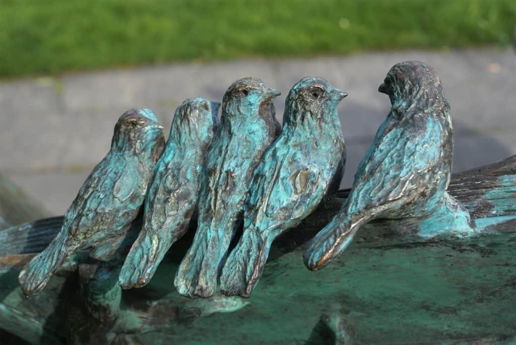 Sculpture Birds